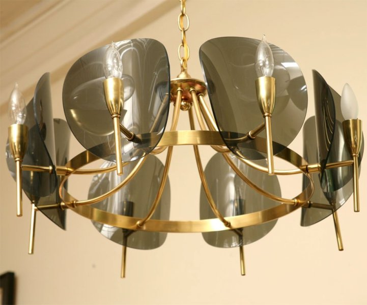 Image of: Brass Chandelier With Shades