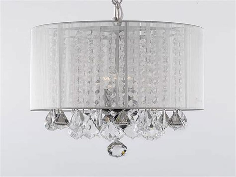 Image of: Chandelier With Shade