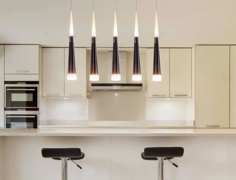 Picture of: Contemporary Kitchen Island Lighting