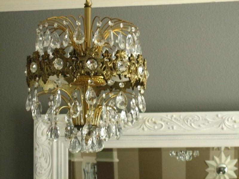 Image of: Mini Chandelier Shades With Crystals