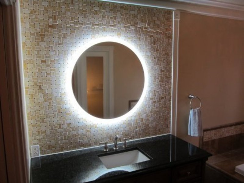 Image of: Vanity Mirrors Clear With Led Lights