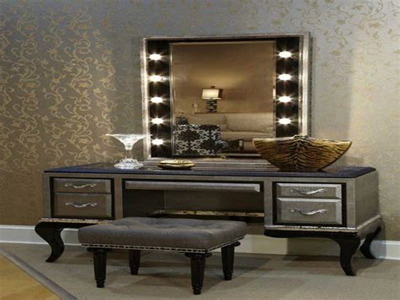 Vanity Set With Lighted Mirror