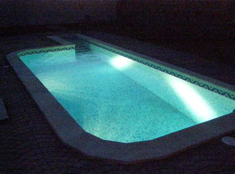 Image of: Above Ground Pool Lights Led