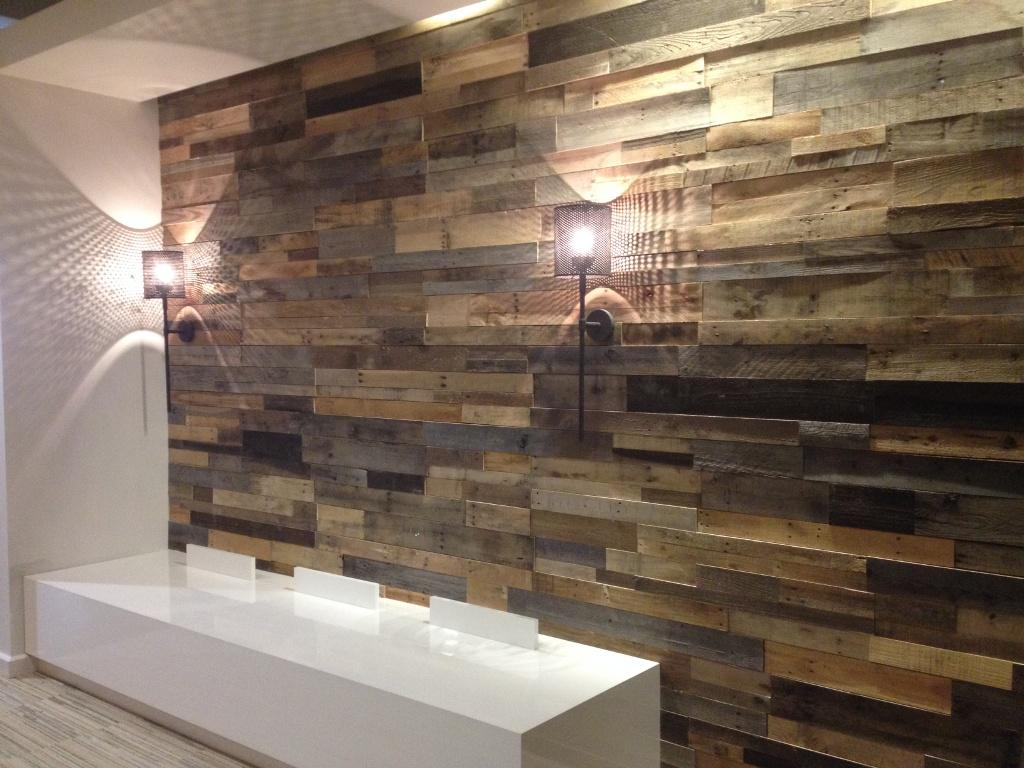Image of: Barn Wood Paneling with Lamps