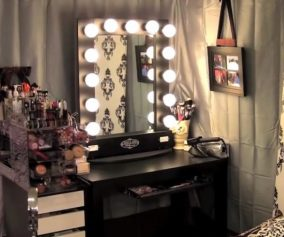 Black Vanity Table With Lights