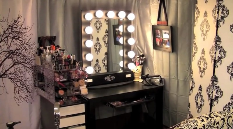 Excellent Vanity Table With Lights