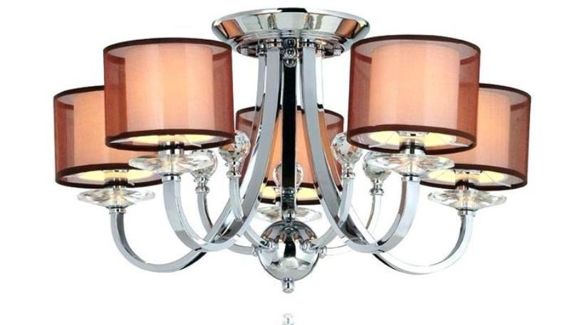 Picture of: Modern Chandelier Clear Glass Shades