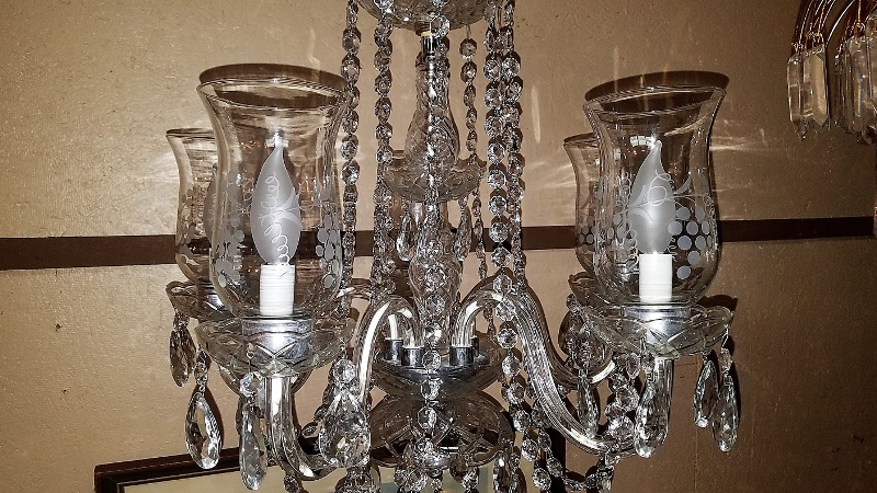 Image of: Chandelier Lamp Shades With Crystals
