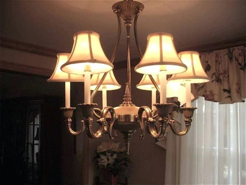 Image of: Chandelier With Lamp Shades