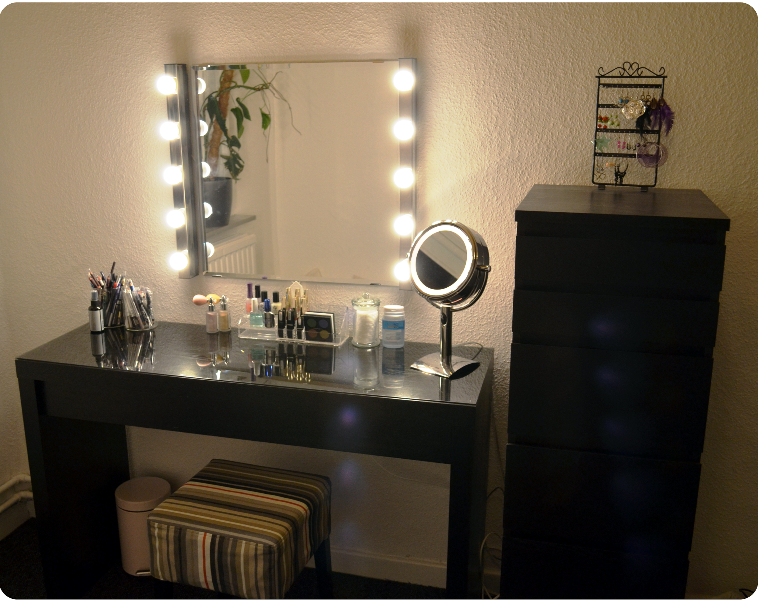 Makeup Vanity Table With Lights Decor