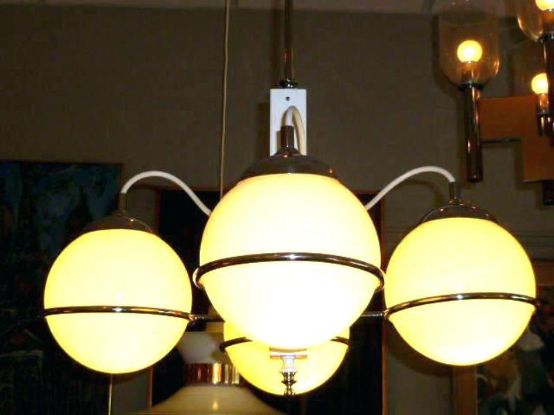 Picture of: Replacement Glass Shades For Chandelier