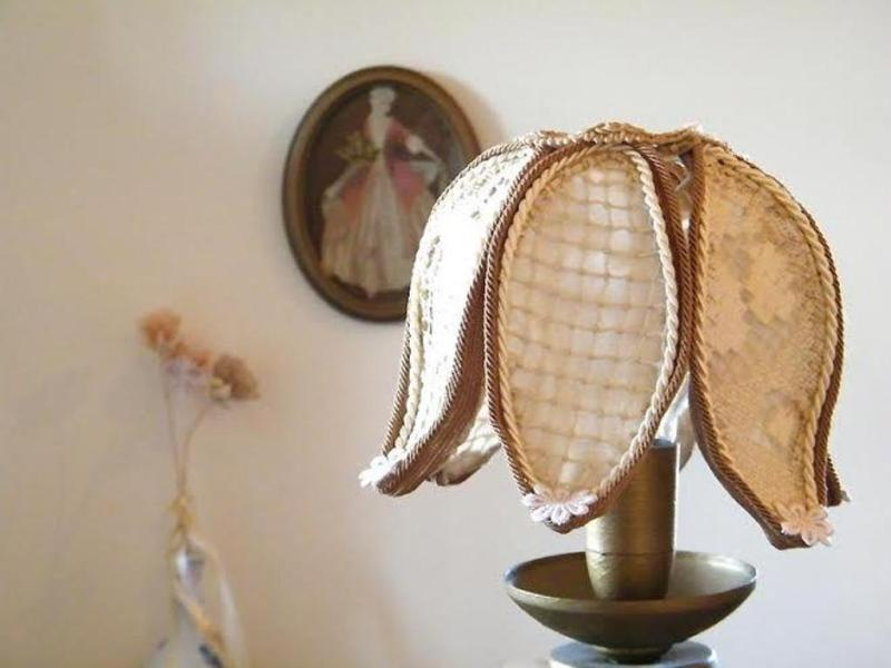 Image of: Rustic Lamp Shades For Floor Lamps
