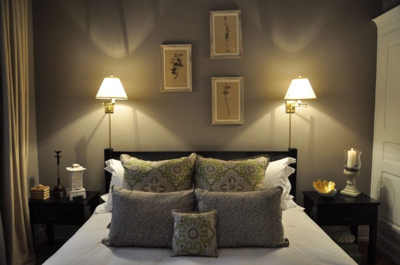 Picture of: Sconce Lighting For Bedroom
