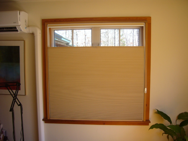 Picture of: Shade For Skylight Window