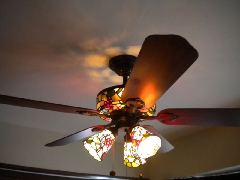 Tiffany Style Ceiling Fan Light Shades