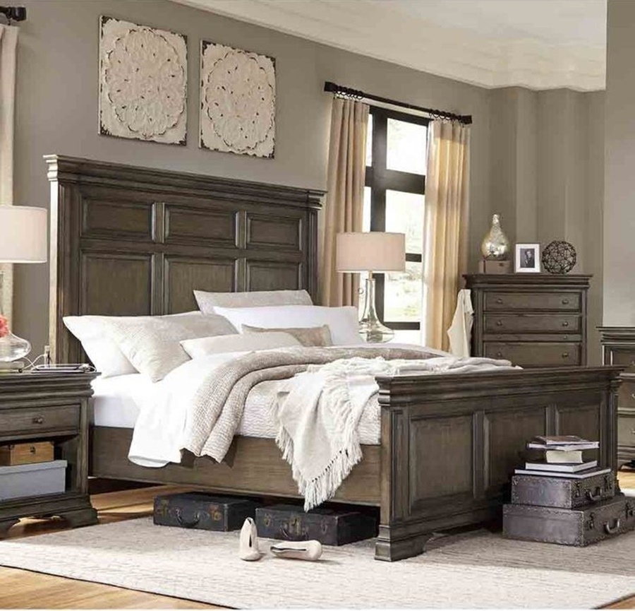 Image of: Amazing Wood Panel Bed