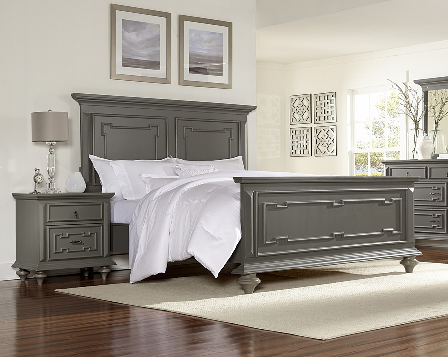 Image of: Fantastic Wood Panel Bed