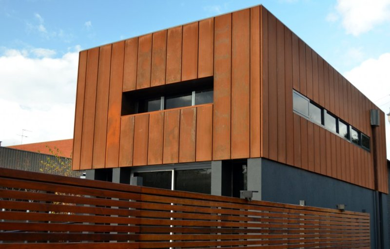 Image of: How To Replace Outdoor Wood Paneling