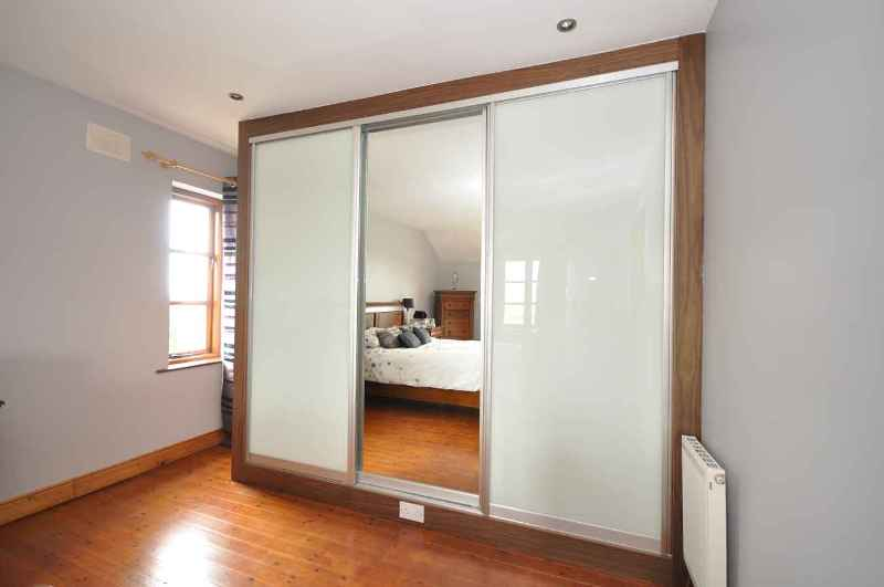 Image of: Interior Door With 4 Glass Panels Frosted