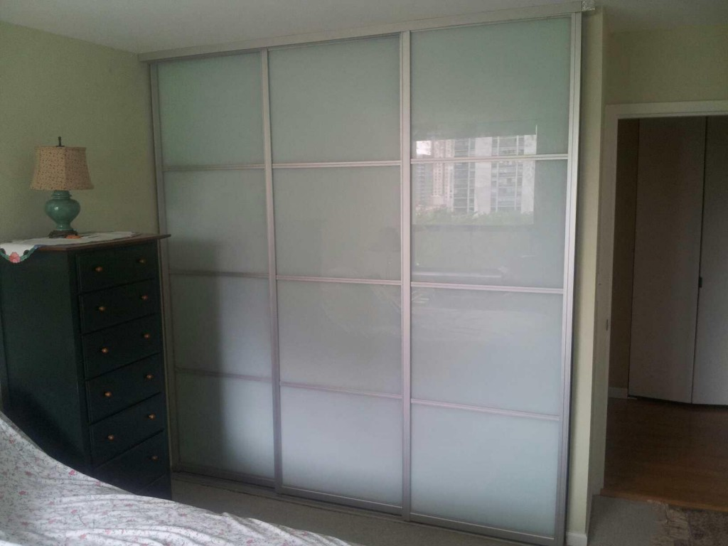 Mirrored Sliding Panel Closet Doors