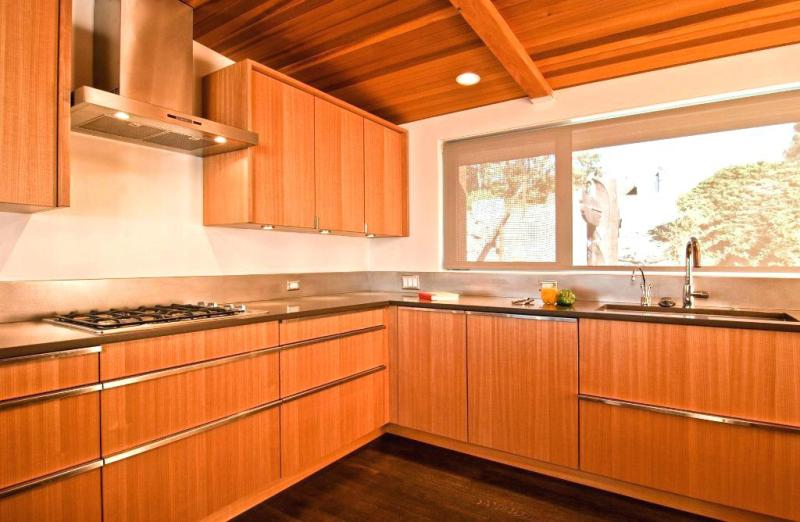 Picture of: Recessed Kitchen Cabinet Doors