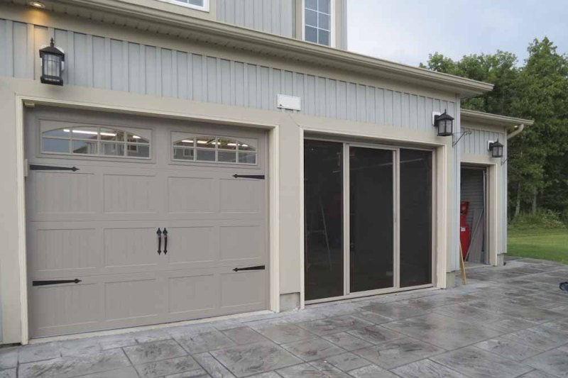 Image of: Screen Panels For Bottom Of Garage Door