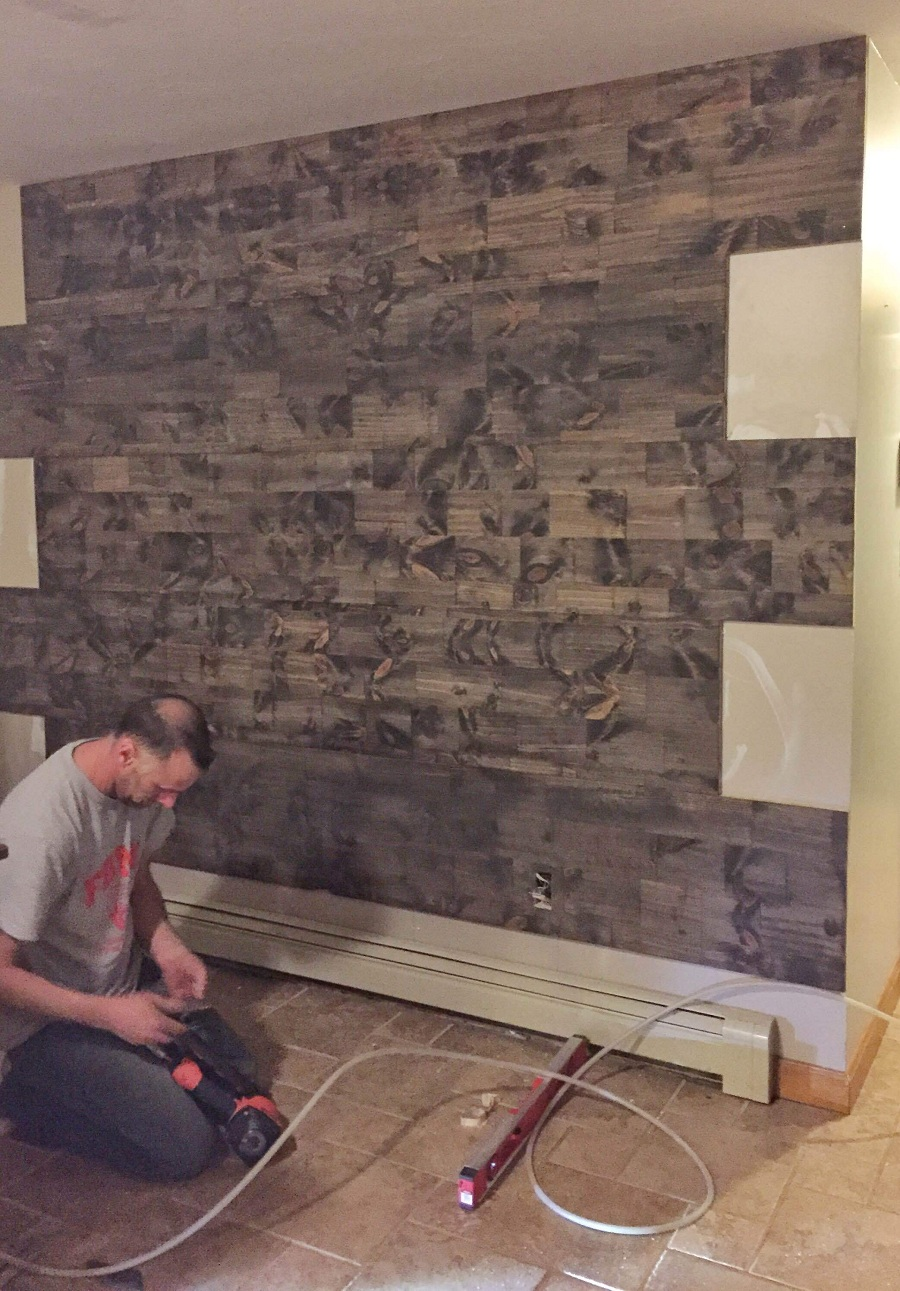Image of: Simple Faux Reclaimed Wood Paneling