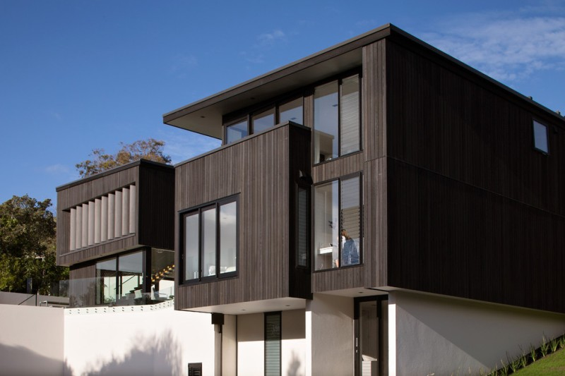 Picture of: Vertical Siding Exterior Wood Panels