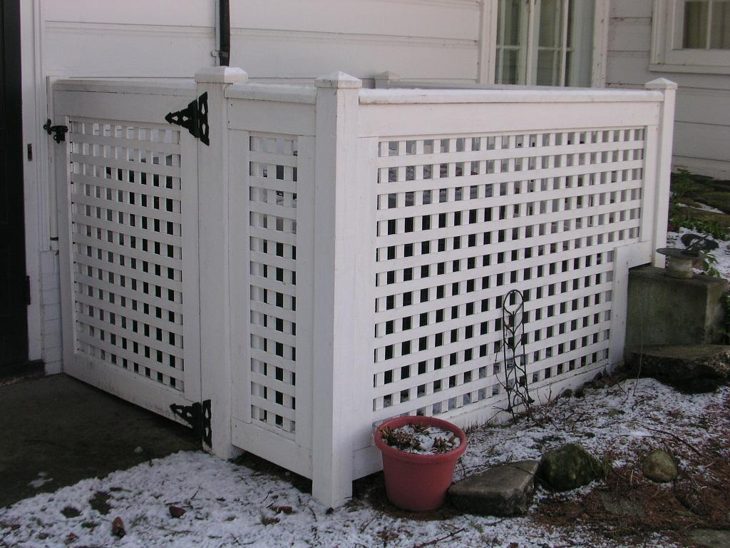 White Wood Lattice Panels