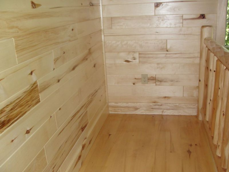Picture of: Horizontal Wood Paneling Design