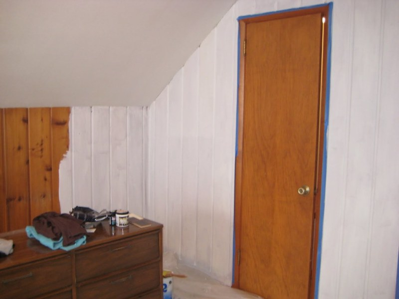 Picture of: How To Paint Paneling To Look Like Barn Wood