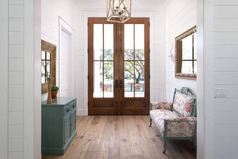 Picture of: How To Paint Wood Paneling Tips
