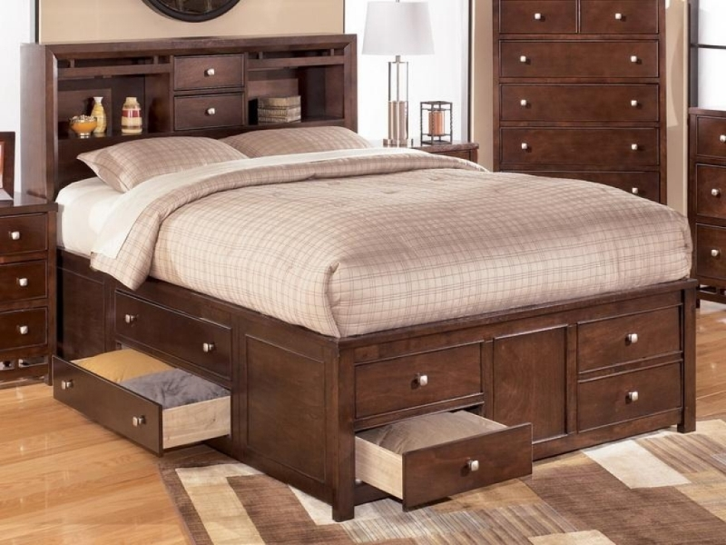 Picture of: Modern King Beds With Storage Drawers Underneath Design