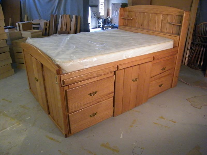 Image of: King Size Bed With Drawers Underneath Plans