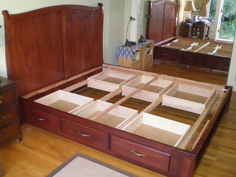Image of: Modern King Size Bed With Drawers Underneath