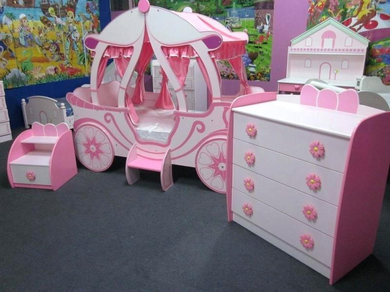 Wonderful Princess Canopy Toddler Bed