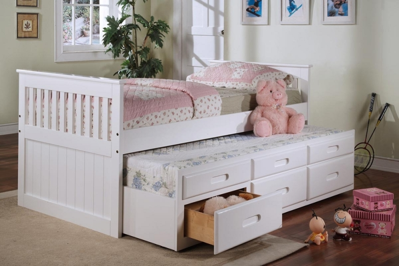 Image of: White Trundle Bed With Drawers