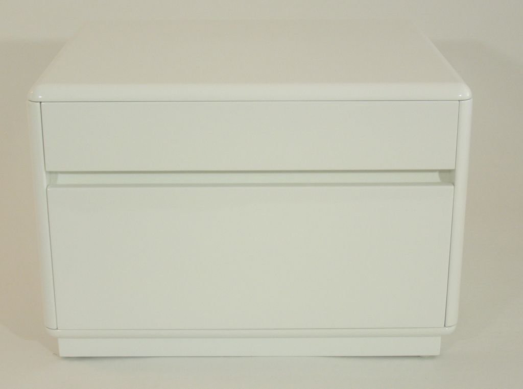 Picture of: 2 Drawer Dresser White