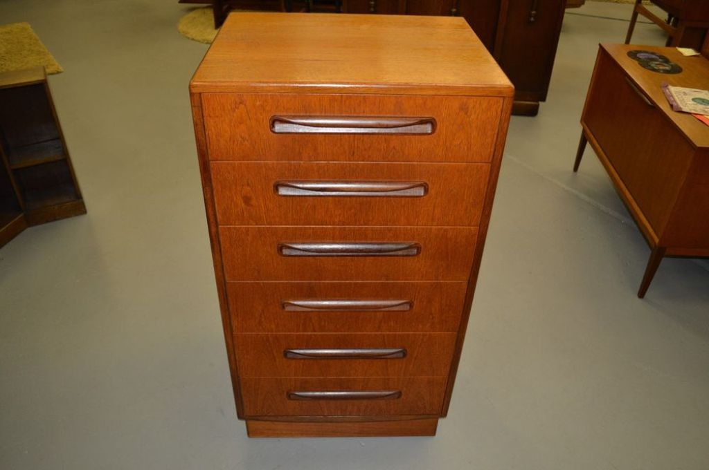 Picture of: 6 Drawer Tall Dresser Plans