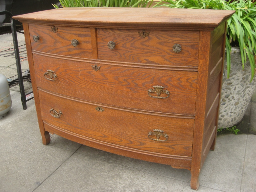 Image of: Antique Dressers Value