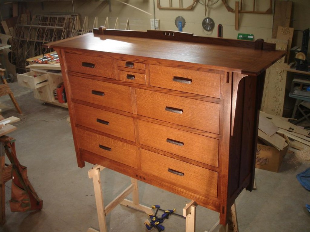 Picture of: Arts And Crafts Dresser Woodworking Plan