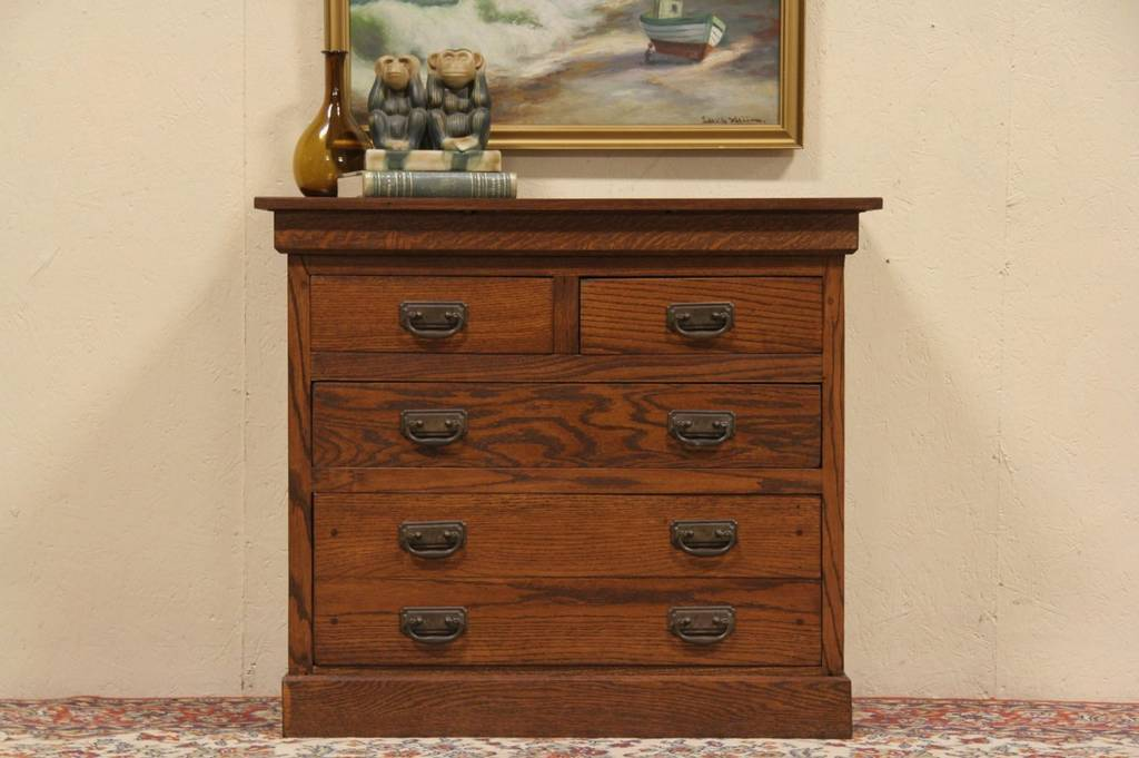 Picture of: Best Arts And Crafts Style Dresser