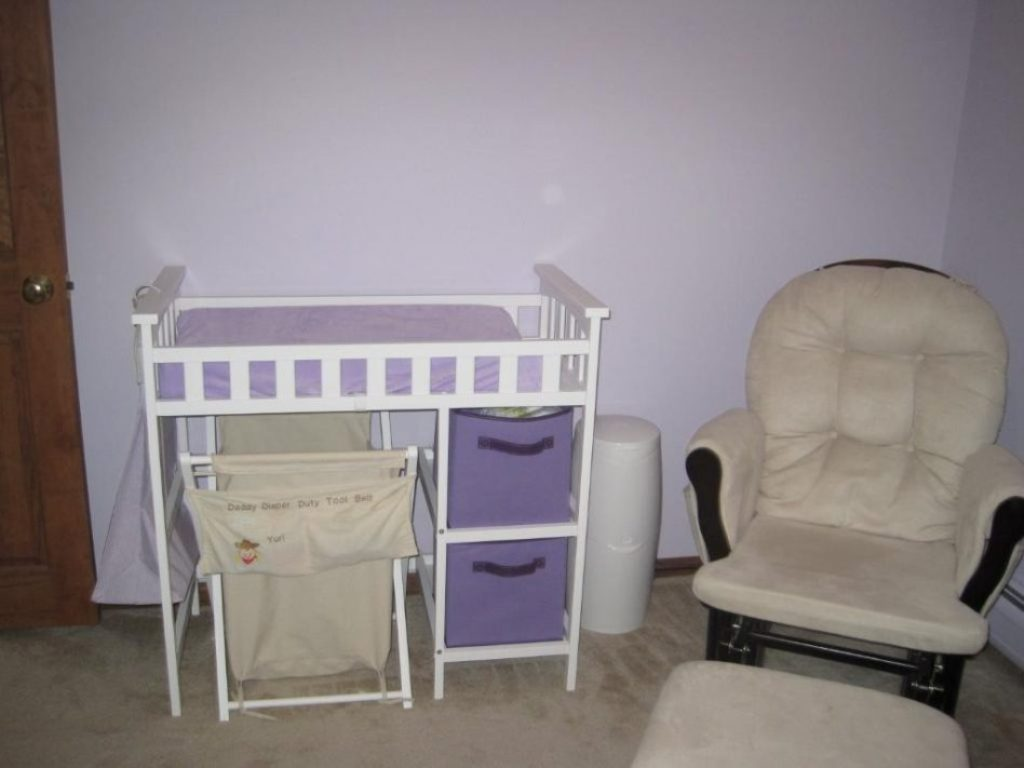 Image of: Cool Babies R Us Changing Table