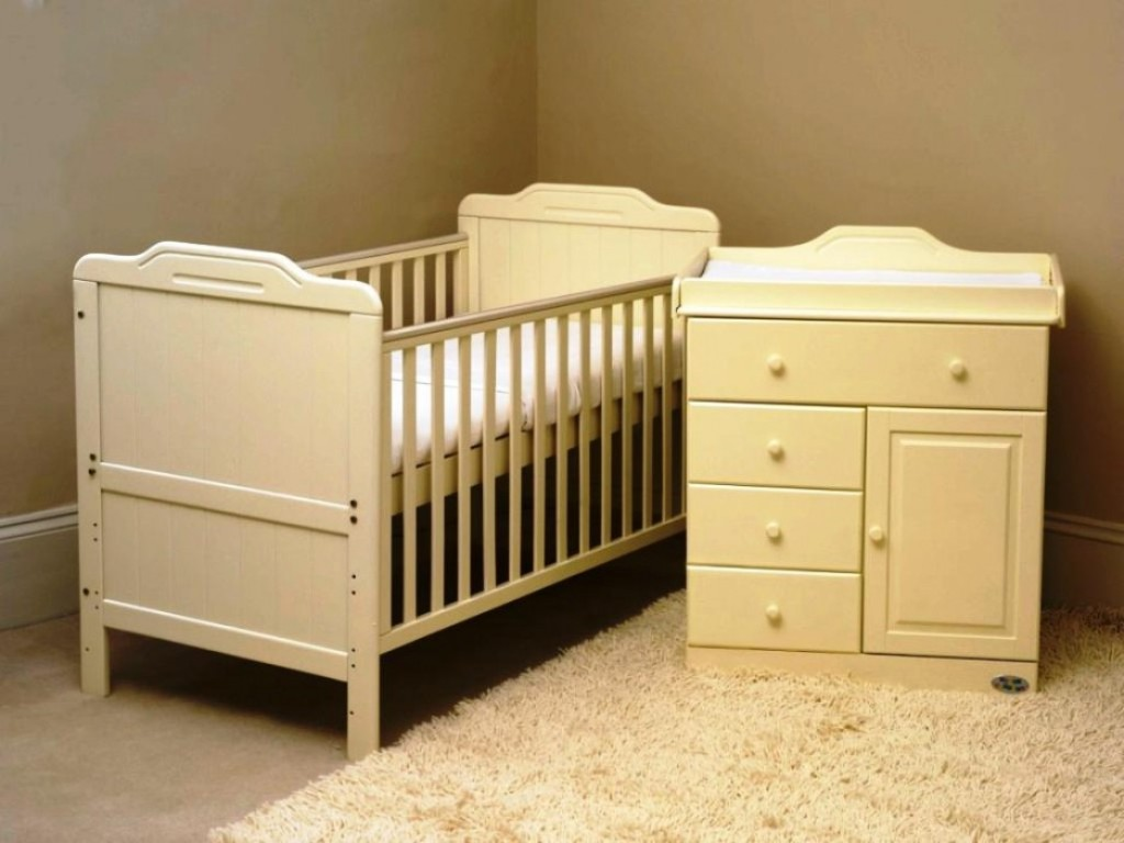 Image of: Baby Dresser Ikea Bedding