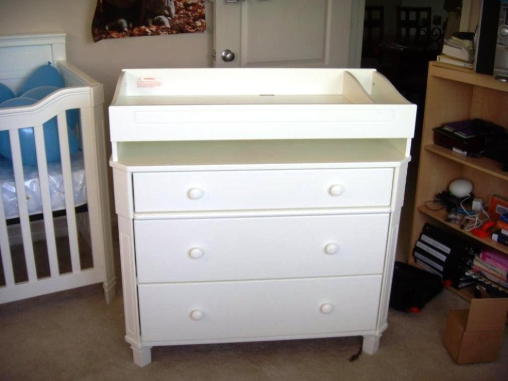 Picture of: Best Dresser As Changing Table