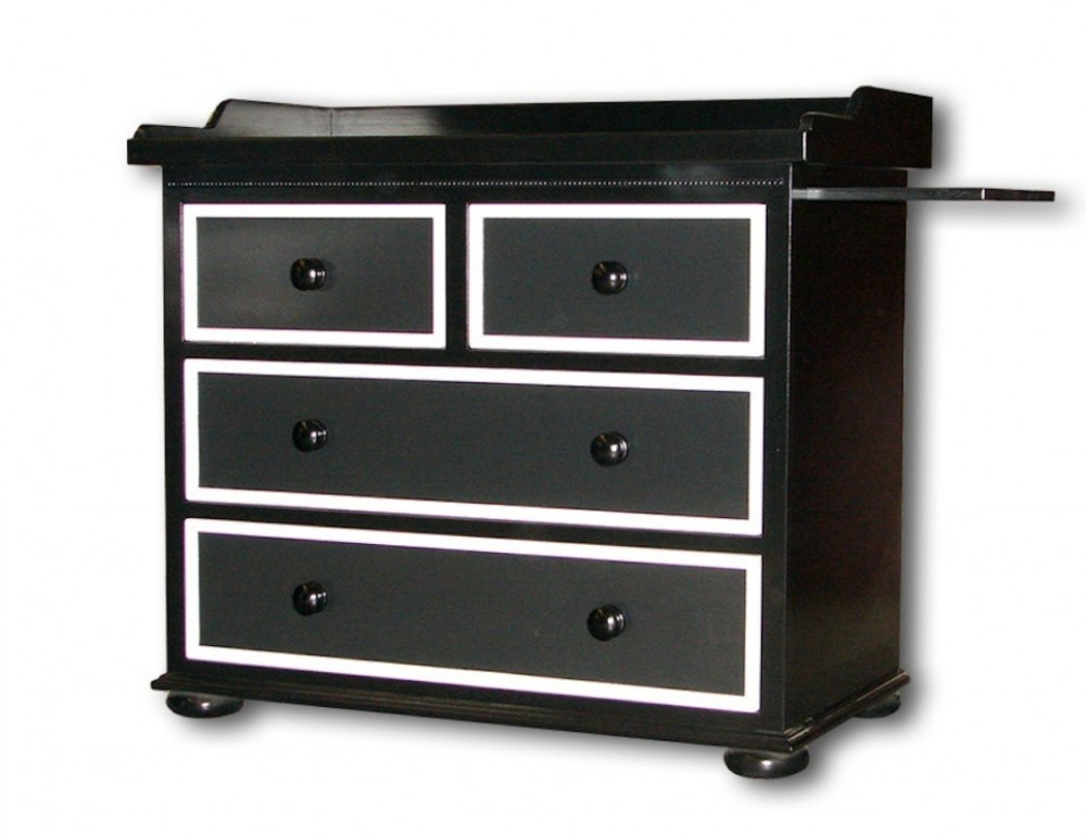 Use A Comfortable Dresser Changing Table