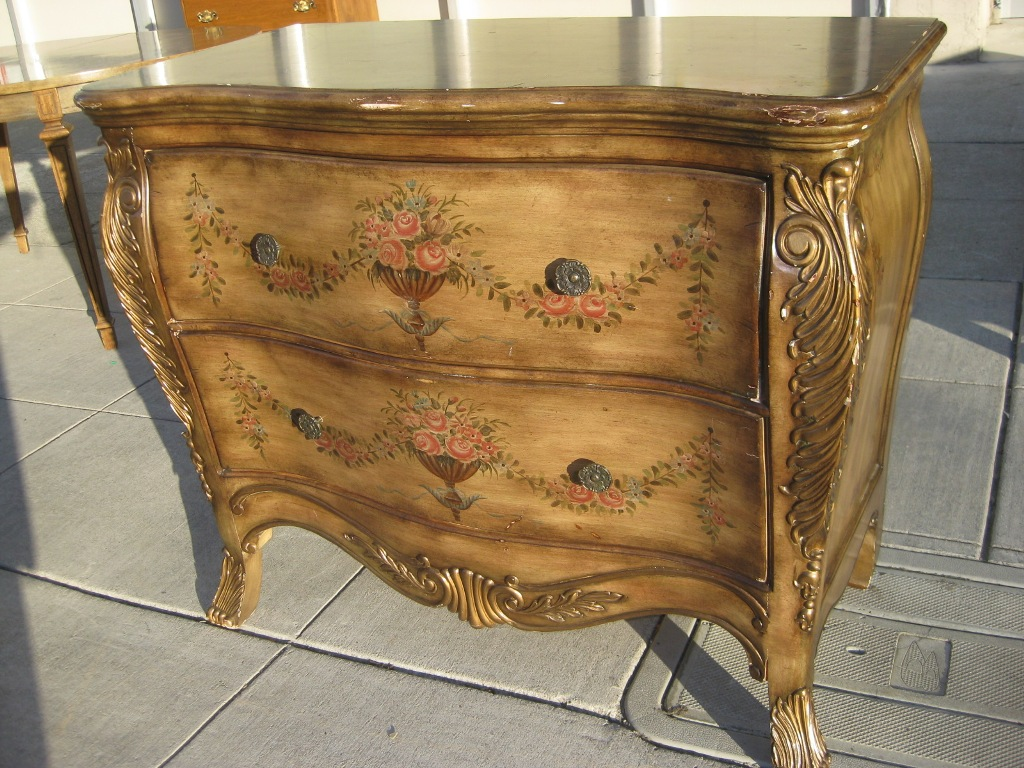 Image of: Bombay Chest Ashley Furniture