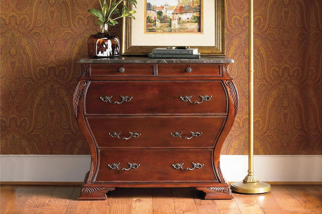 Image of: Bombay Harrington Dresser