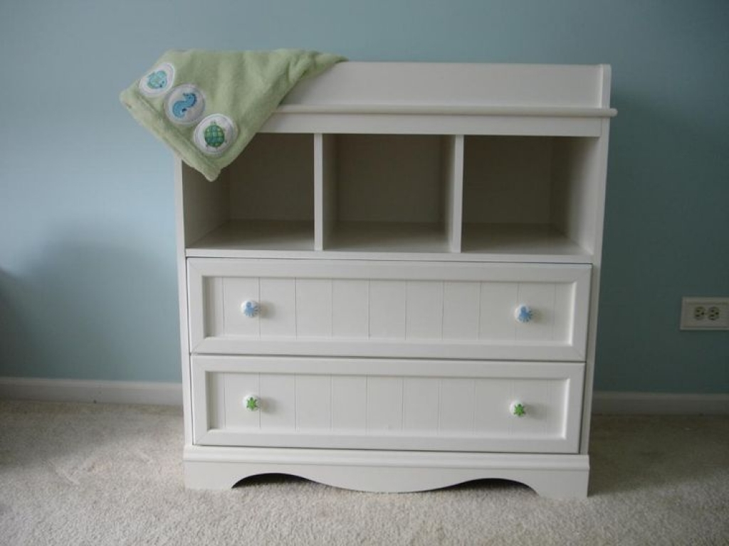 Image of: Changing Table Dresser Combo Diapers