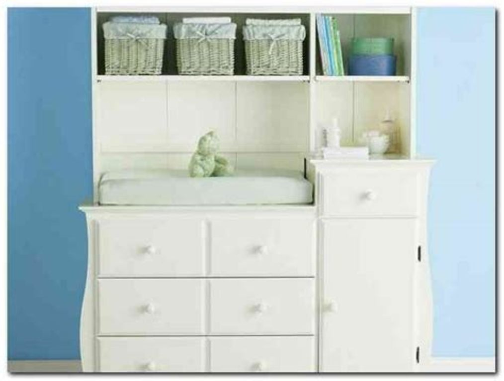 Picture of: Changing Table With Dresser White